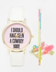 Часы с принтом I Should Have Been A Cowboy и часы с браслетом-фенечкой Reclaimed