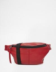 Красная сумка-пояс из искусственной кожи ASOS - Красный