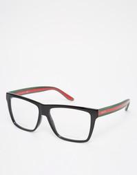 Квадратные очки с прозрачными стеклами и контрастными дужками Gucci