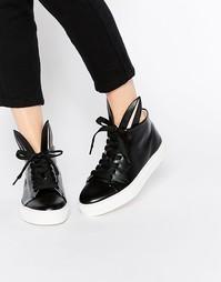 Черные кожаные высокие кроссовки с кроличьими ушками Minna Parikka