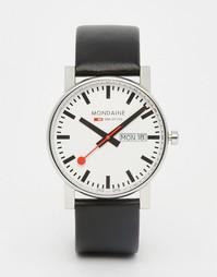 Часы с датой и черным кожаным ремешком Mondaine 38 мм - Черный