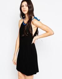 Трикотажное плиссированное платье с контрастной отделкой See By Chloe