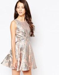Приталенное жаккардовое платье Ashley Roberts for Key Collections Ange