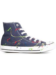 высокие кеды с принтом брызг краски Converse