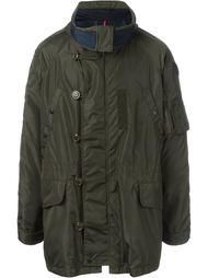 стеганое пальто с капюшоном Moncler