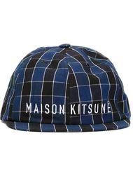 кепка в клетку с узким козырьком Maison Kitsuné