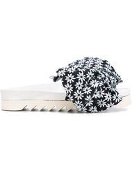 открытые сандалии с цветочным принтом Joshua Sanders