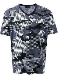 футболка с камуфляжным принтом  Neil Barrett