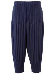 гофрированные брюки с заниженной шаговой линией Homme Plissé Issey Miyake