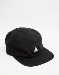 Черная 5-панельная кепка ASOS - Черный