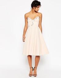 Приталенное платье миди с отделкой ASOS - Телесный