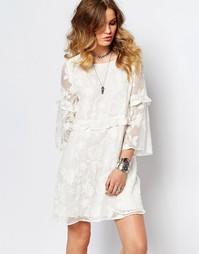 Цельнокройное платье мини с вышивкой Stevie May Corene - Белый