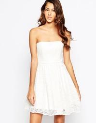 Кружевное платье бандо Laced In Love - Белый