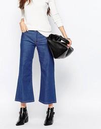 Укороченные джинсы клеш Just Female - 957 cиний выбеленный