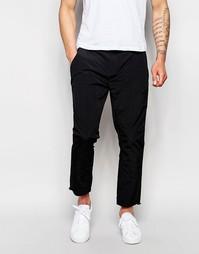 Черные суженные книзу брюки из нейлона ASOS - Черный