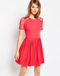 Плиссированное фактурное платье мини с кружевными вставками ASOS