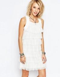 Платье с оборками Deby Debo Blanche - Платье с отделкой рюшами