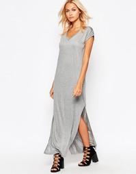 Длинное платье-футболка b.Young - Светло-серый меланж