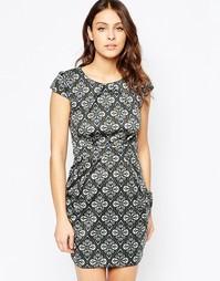 Платье-тюльпан с принтом QED London - Серый