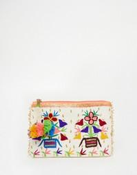 Клатч с цветочной вышивкой и кисточкой Star Mela