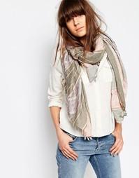 Серый шарф в розовую полоску Pieces