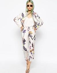Фактурные брюки с цветочным принтом ASOS Co-ord - Цветочный
