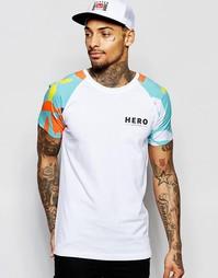 Футболка с рукавами реглан и цветочным принтом Hero's Heroine - Белый
