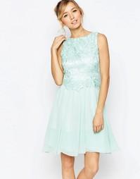 Короткое приталенное платье с вышивкой на лифе Little Mistress