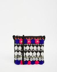Фестивальная сумка через плечо с монетками и помпонами ASOS - Мульти