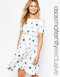 Приталенное платье для беременных в горошек с поясом ASOS Maternity