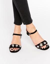 Черные сандалии на среднем каблуке с отделкой дисками Miss KG Rosina