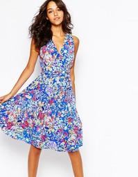 Шелковое платье миди с цветочным принтом Yumi Kim