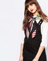Квадратный шелковый шарф с цветочным принтом в стиле фолк Moschino