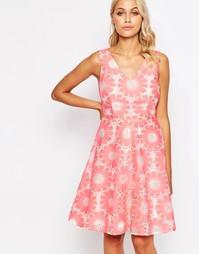 Платье с ажурной отделкой Traffic People Send Me No Flowers - Розовый