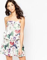 Платье с растительным принтом Motel Harley - Botanical ivory