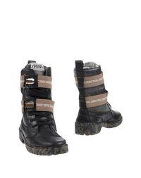 Черные Полусапоги и высокие ботинки Springa