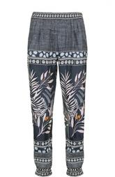 Шелковые брюки с принтом и защипами Diane Von Furstenberg