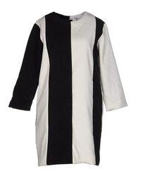 Короткое платье THE White Pepper