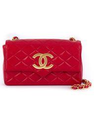 сумка на плечо с бляшкой с логотипом Chanel Vintage