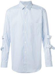 полосатая рубашка с пряжками на рукаве Comme Des Garçons Shirt