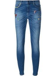 джинсы с заплатками Mira Mikati