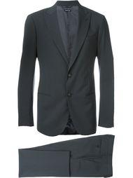 костюм с заостренными лацканами Giorgio Armani