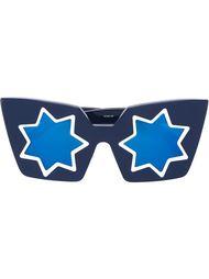 объемные солнцезащитные очки со звездами Linda Farrow