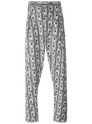 брюки с абстрактным принтом  Lemaire