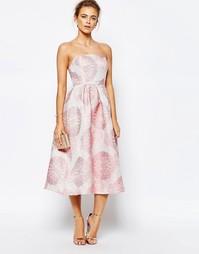 Платье миди для выпускного с лифом-бандо и цветочным жаккардовым узоро True Decadence