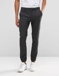 Супероблегающие темно-серые спортивные брюки ASOS - Угольный
