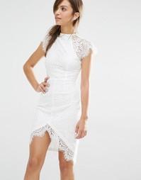 Облегающее кружевное платье Boohoo Boutique - Кремовый
