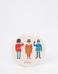 Карманное зеркальце с принтом Small Guards & Friends Cath Kidston