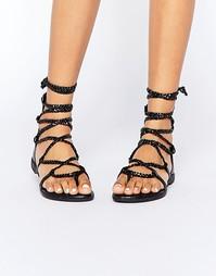 Сандалии с плетеными шнурками-завязками Truffle Collection Beryl