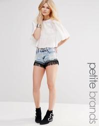Джинсовые шорты с бахромой и эффектом кислотной стирки Glamorous Petit